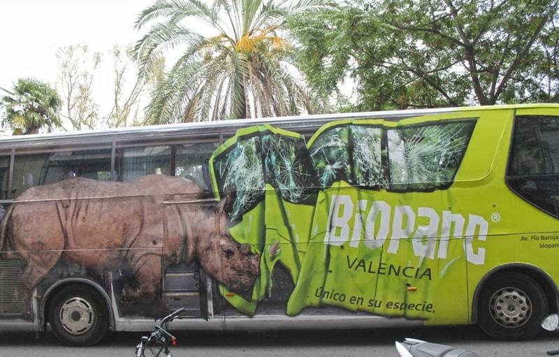 """BIOPARC Valencia """"en ruta salvaje"""" con un espectacular autobús tematizado #BIOPARContheRoad"""